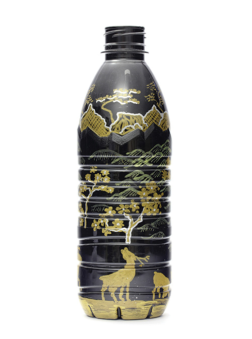 Sarah Goffman, Black and Gold, 2011 PET plastics, acrylic and enamel paint dimensions variable